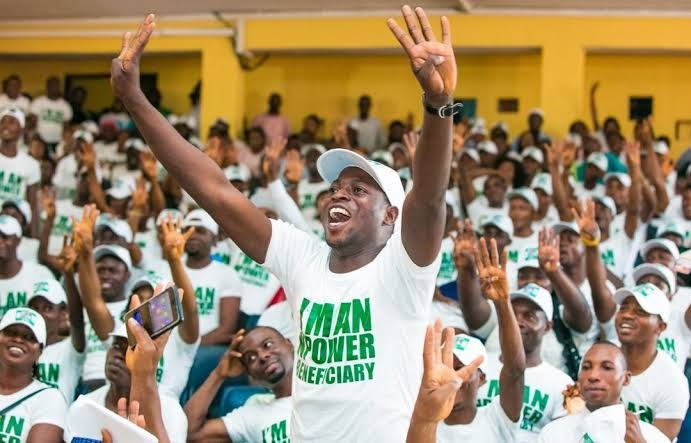 "MSA OPPOSES THE DISENGAGEMENT OF BATCHES ""A"" AND ""B"" NPOWER-WORKERS"